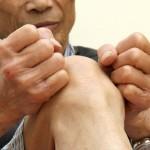 Những triệu chứng và nguyên nhân đau khớp gối